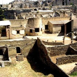 Геркуланум и Помпеи – обычные города с необычной историей